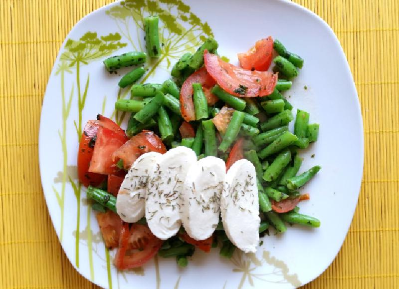 Featured image of post Jem zdrowo- Mozzarella na warzywach